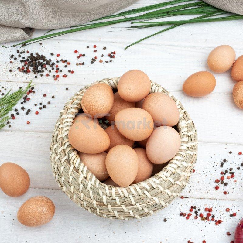 Яйца куриные розовые, фермерские, 10 шт.