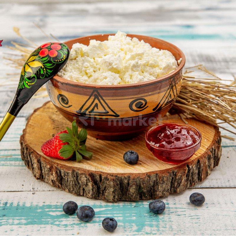 Натуральный деревенский творог из коровьего молока, фермерский, 500 гр