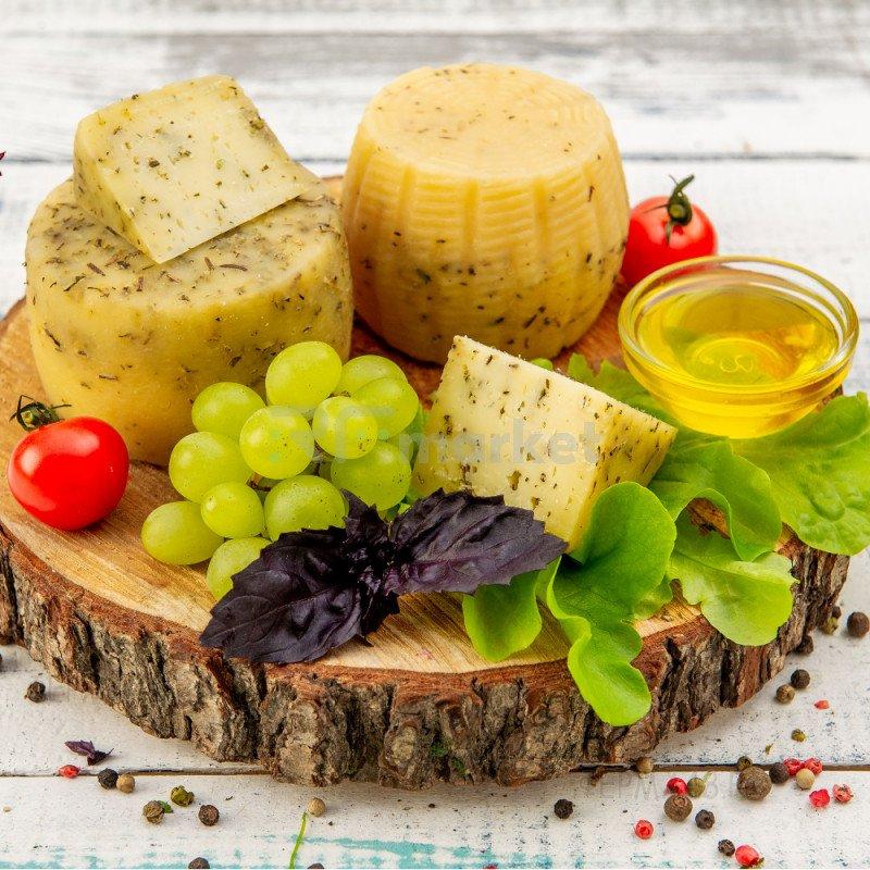 Сыр Качотта из коровьего молока с травами, фермерский, 500 гр